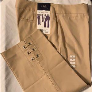 Rafaella Size 8 Curvy Khaki Capri Pants NWT